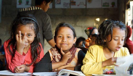 Kinder in einem Kinderzentrum in Nepal